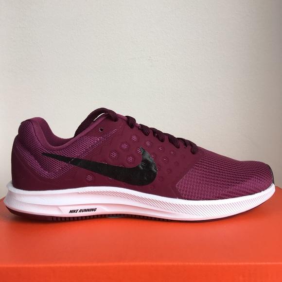 huge discount b962b 5f6c4 Nike Downshifter 7 Women s Running Sneakers 7.5